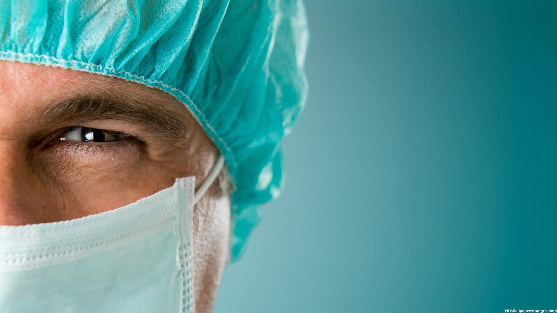Doctor-Surgeon-With-Mask-Images