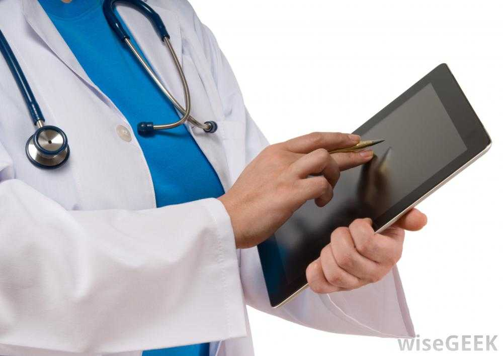 doctor-with-computer-tablet