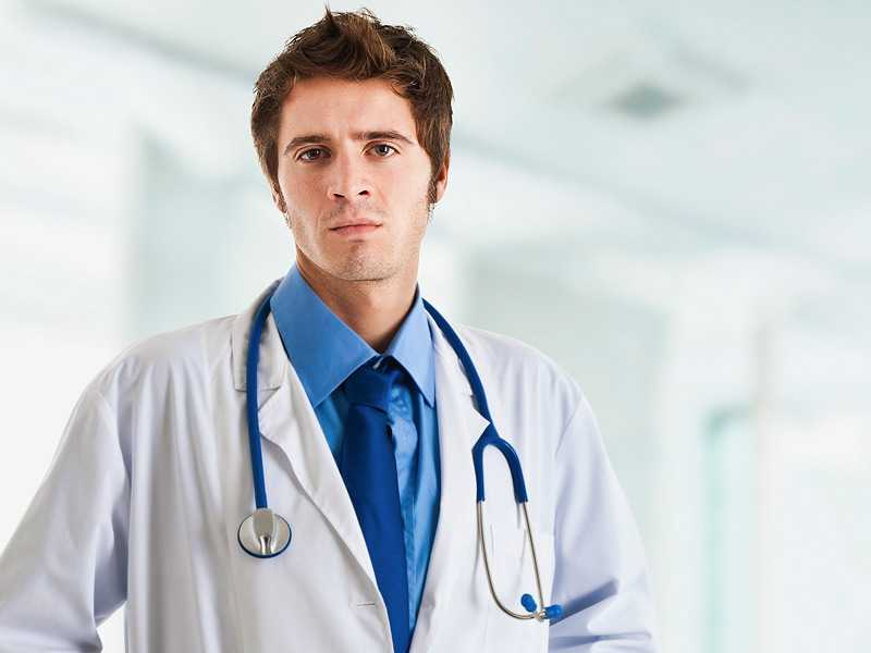 dt_140605_serious_male_doctor_hospital_800x600